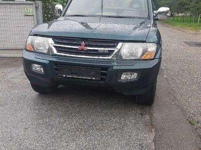 gebraucht Mitsubishi Pajero GLS 3,2 DI-D TD raucht weiß SUV / Geländewagen