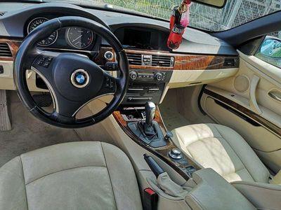 gebraucht BMW 320 Cabriolet 3er-Reihe d Cabrio e93 / Roadster