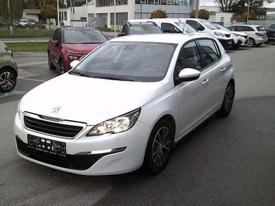 gebraucht Peugeot 308 1,2 PureTech Active S&S Aut. Limousine