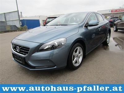 second-hand Volvo V40 D3 Momentum Geartronic