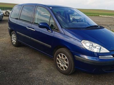 gebraucht Peugeot 807 ST Premium 2,2 HDI 130
