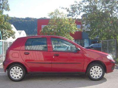 gebraucht Fiat Punto Italia 1,2 69 Pickerl+Service-NEU Rostfrei Klima WR SR City-Servolenkung Limousine