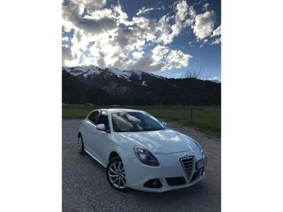 brugt Alfa Romeo Giulietta 2.0 Jtdm Klein-/ Kompaktwagen,