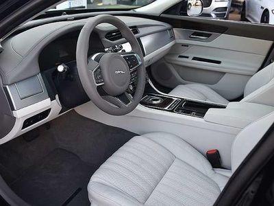 gebraucht Jaguar XF Sportbrake 20d AWD Portfolio Aut. Portfolio