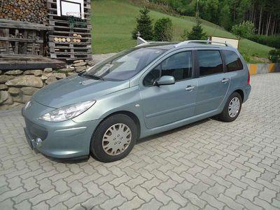 gebraucht Peugeot 307 SW Comfort 1,6 HDi 90 Kombi / Family Van
