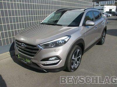 gebraucht Hyundai Tucson 2,0 CRDI 4WD Platin SUV / Geländewagen,