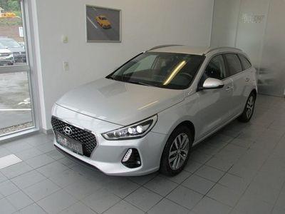 gebraucht Hyundai i30 CW 1,4 T-GDI Start/Stopp Premium