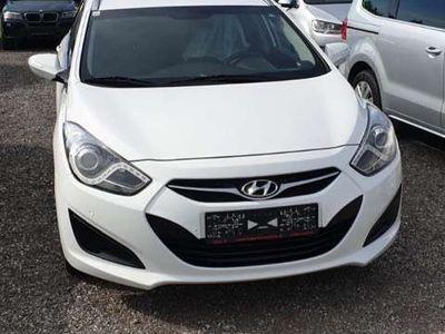 gebraucht Hyundai i40 cw 1.7 CRDi Automatik Premium