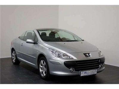 gebraucht Peugeot 307 CC Active 2,0 16V *Navi*PDC*GARANTIE* Cabrio / Roadster