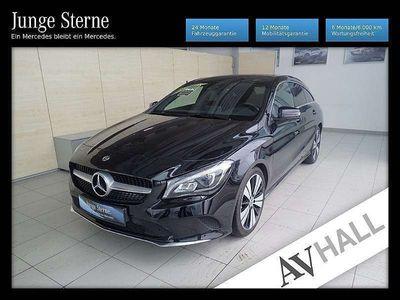 gebraucht Mercedes CLA200 Shooting Brake CLA-Klasse d Austria Edition Aut. Kombi / Family Van,