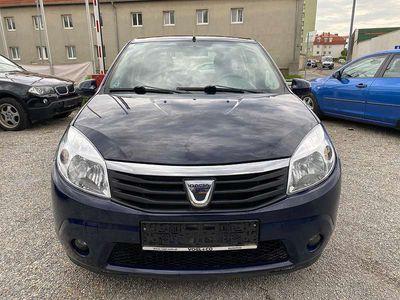 gebraucht Dacia Sandero Black Line+ 1,2 16V Klein-/ Kompaktwagen
