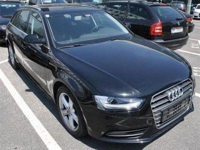 gebraucht Audi A4 Avant 2,0 TDI Daylight Xenon PLus,MMI Navi Kombi / Family Van,
