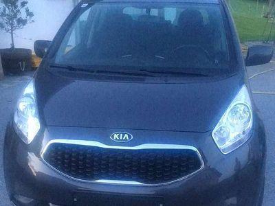 gebraucht Kia Venga 1,4 Silber Klein-/ Kompaktwagen