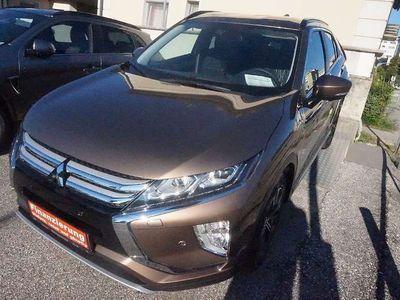 gebraucht Mitsubishi Eclipse Cross 1,5 TC 4WD Intense+ 40 CVT Aut. SUV / Geländewagen