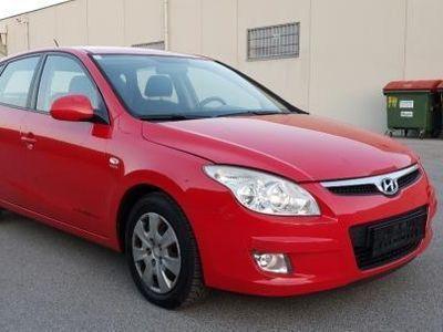 used Hyundai i30 CW 1,6 CRDi Comfort DPF