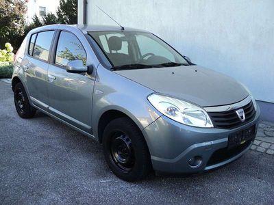 gebraucht Dacia Sandero Laureate 1,2 MPI 16 V Klein-/ Kompaktwagen