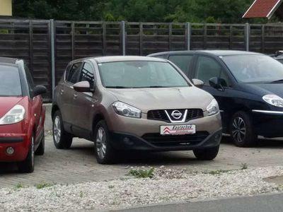 gebraucht Nissan Qashqai 1,6 16V Acenta Start/Stop 2WD SUV / Geländewagen,