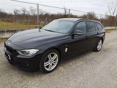 gebraucht BMW 318 3er-Reihe d Touring M-Paket Navi Panorama AHK Aut. Kombi / Family Van