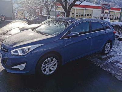 gebraucht Hyundai i40 Comfort 1,7 CRDi