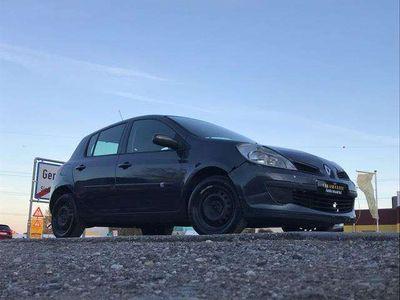 gebraucht Renault Clio 1.5dci **Export**