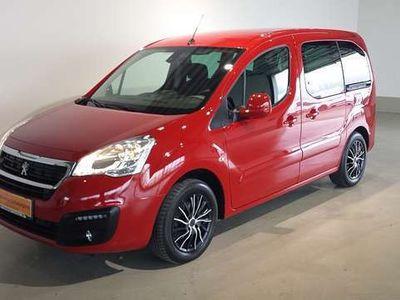 gebraucht Peugeot Partner Tepee Active 1,6 BHDI 100 ASG6 S&S Kombi / Family Van