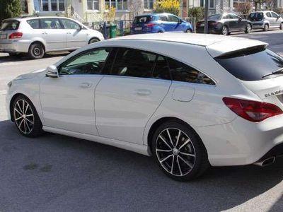gebraucht Mercedes 180 CLA-KlasseShooting Brake, Navi, Sportsitze Kombi / Family Van
