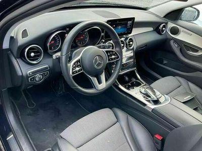 gebraucht Mercedes C180 Limousine CGI T Avantgarde 9G-Tronic, LED, Navi...