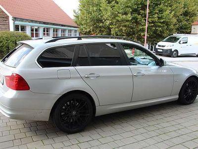 gebraucht BMW 330 3er-Reihe i Touring E91 Kombi / Family Van