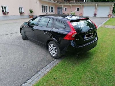 gebraucht Volvo V60 D3 2.0 5-Zylinder Kombi / Family Van