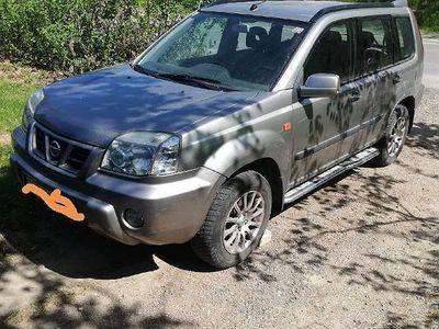 used Nissan X-Trail SUV / Geländewagen,