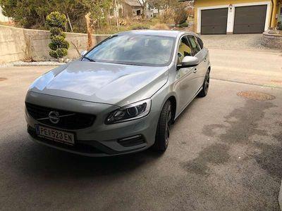 gebraucht Volvo V60 D3- R Design Kombi / Family Van,