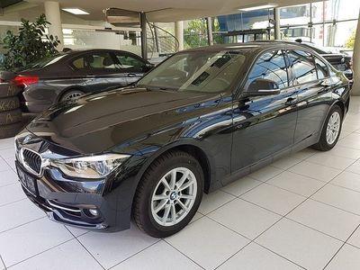 gebraucht BMW 318 i Sport Line Aut.