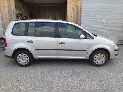 gebraucht VW Touran Conceptline 1,9TDI DPF Kombi / Family Van