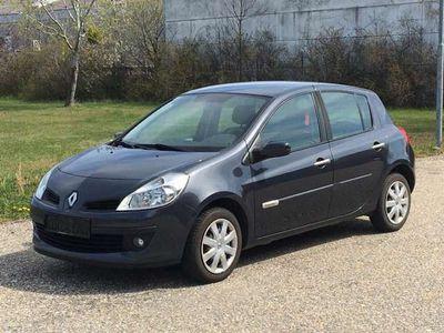 gebraucht Renault Clio Rip Curl 1,2 16V