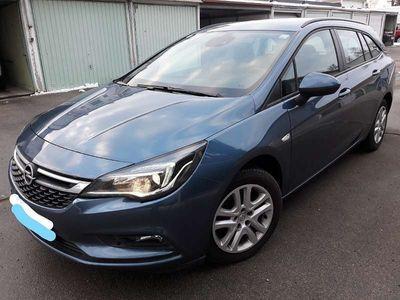 gebraucht Opel Astra 1.6 CDTI Sports Tourer Edition, K,Pickerl NEU Kombi / Family Van