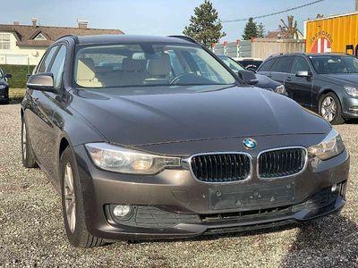 gebraucht BMW 320 3er-Reihe d Touring EfficientDynamics Edition Aut. Kombi / Family Van