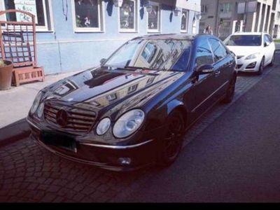 gebraucht Mercedes E320 Avantgarde CDI Aut.