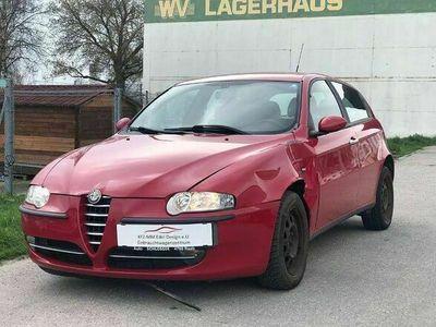 gebraucht Alfa Romeo 147 147 Alfa1,6 Twin Spark Distinctive Klein-/ Kompaktwagen
