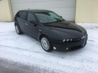 gebraucht Alfa Romeo 159 Alfa SW 1,9 JTDM 16VProgr.Qtronic Progression