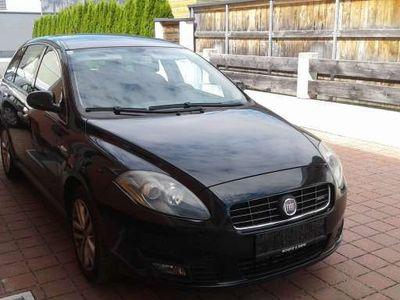 gebraucht Fiat Croma 1,9 JTD Multijet 120 Active