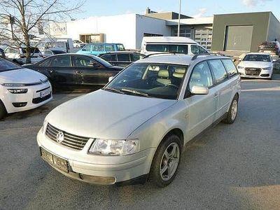 gebraucht VW Passat Variant 2,5 V6 Highl. TDI Tiptr.