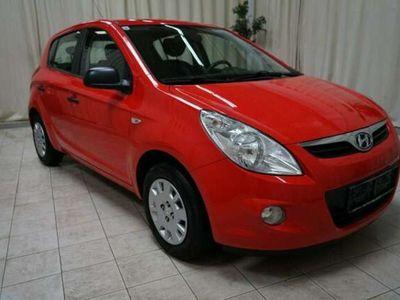 gebraucht Hyundai i20 1,25 Life 5-türig *89 000Km*