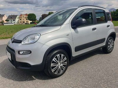 """gebraucht Fiat Panda 4x4 TwinAir Turbo 85 Wild """"mit nur 26.381 Kilometern """" Limousine"""