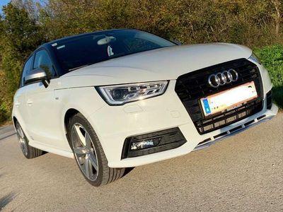gebraucht Audi A1 Sportback A1 1.0 TFSI Austria S-line Klein-/ Kompaktwagen