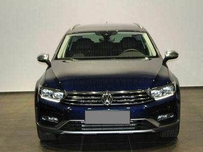 gebraucht VW Passat Alltrack BMT 2,0 TDISCR 4MDSG LED ACC Navi AHK Kam St