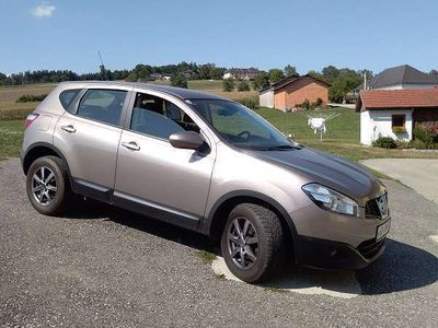 gebraucht Nissan Qashqai 2WD Diesel 1,5dCi Klein-/ Kompaktwagen,
