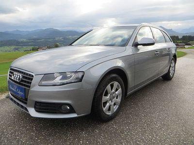 gebraucht Audi A4 2,0 TDI DPF, 8-fach Alu, PDC, Tempomat