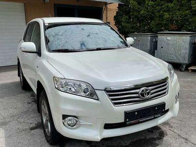 gebraucht Toyota RAV4 2,2 D-4D 150 D-CAT 4WD Elegance Aut.