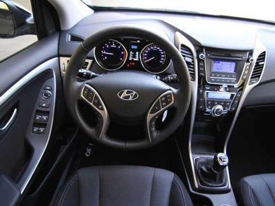 gebraucht Hyundai i30 Business MWST ausweisbar Kombi / Family Van