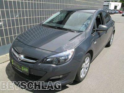 gebraucht Opel Astra Limousine 1,4 ecoflex Österreich Paket